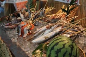 紀伊長島港で揚がった新鮮な魚介類も盛りだくさんでした